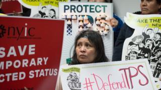 Protesta por el anuncio de la finalización del TPS