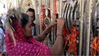 ভারতের আজমিরে দরগাতেও যান বহু বাংলাদেশী