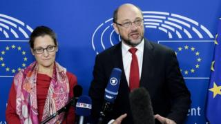 Canada's Chrystia Freeland and Martin Schulz and speaking at the European parliament in Brussels, Belgium, 22 October 2016