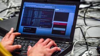 кібератака, вірус