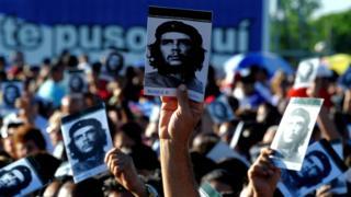 Cubans at the ceremony for Che Guevara in Santa Clara