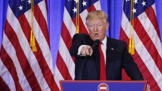 Donald Trump argues with CNN's Jim Acosta at a press conference