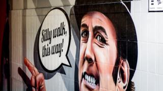 Mural Džona Kliza u Ajndhovenu