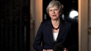 Theresa May annonce que son gouvernement a approuvé l'accord technique fixant les conditions de sortie du Royaume Uni de l'Union européenne