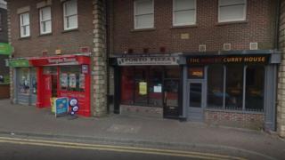 Porto Pizza shop unit