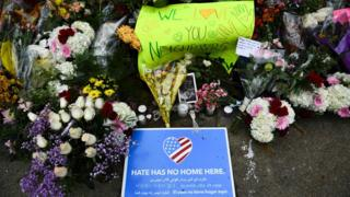 memorial to Pittsburgh victims