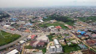 Vue aérienne de Port Harcourt, ville pétrolière située à 90 km d'Omoku, dans le sud du Nigeria.