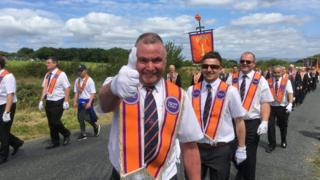 Orangeman gives the thumbs up at Rossnowlagh