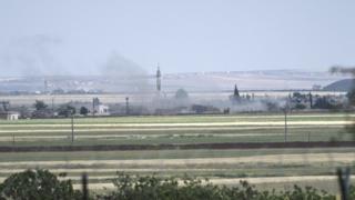 Аазаз - невелике місто, яке має стратегічне значення, адже знаходиться на шляху з Алеппо до Туреччини