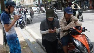 ชาวเวียดนามรุ่นใหม่ มีส่วนทำให้สื่อสังคมออนไลน์ได้รับความนิยม