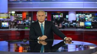 Huw Edwards presents the 10 o'clock news