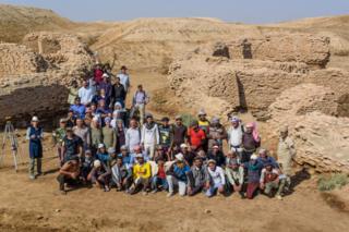 arkeolog ekibi