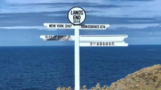 Land's End sign
