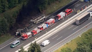 تصادف اتوبوس در بزرگراه آلمان