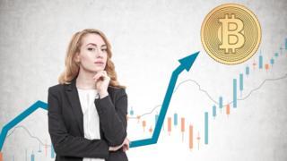 Женщина и биткоин