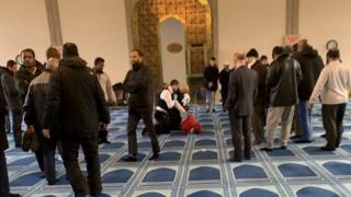 Penikaman di Central Mosque London