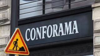 Steinhoff possède la marque d'ameublement Conforama.