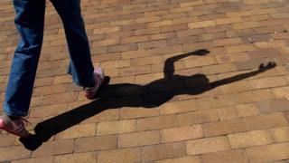 Une fille qui apprend la danse en Afrique du Sud pour échapper à la prostitution et à la consommation de la drogue dans la rue - archives