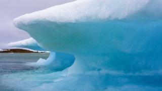 Formación de hielo en Resolute Bay, Nunavut, en el Ártico de Canadá.