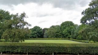Chadderton Hall Park bowling green