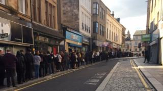 Queues for replacement buses in Paisley