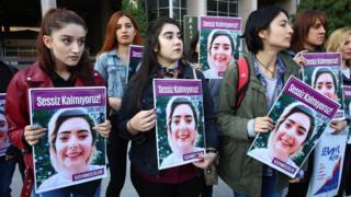Şule Çet için adalet şiarıyla düzenlenen bir proteso