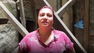 भूकम्पमा महिला