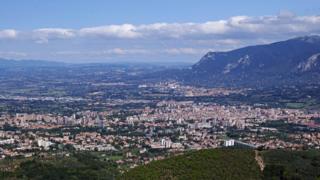 Terni: Italian dwelling of St Valentine seeks US associate city thumbnail