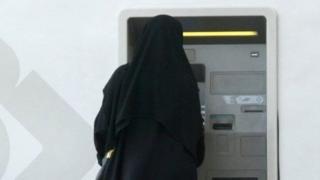 کارهایی که زنان عربستان سعودی نمیتوانند بکنند
