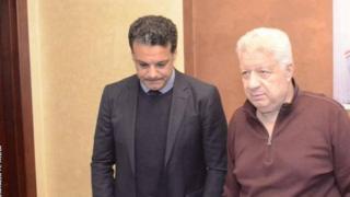 Le nouvel entraîneur du Zamalek, Ehab Galal (à gauche), en compagnie du président du club