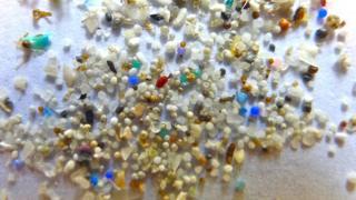 Partículas de microplásticos
