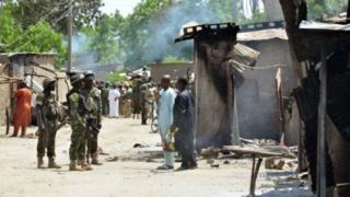 Militariga dalka Nigeria ayaa dagaal kula jira Boko Xaraam