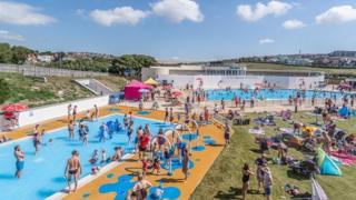 The lido proved popular once it had been reopened