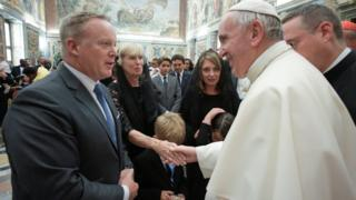 Pope Francis talks with former White House Press Secretary and Communications Director Sean Spicer during a special audience at the Vatican, 30 August 2017