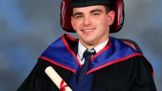 Advogado com paralisia cerebral