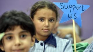 أطفال فلسطينيين في احدى مدارس الاونروا