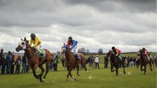 Lubalalo in a horse race