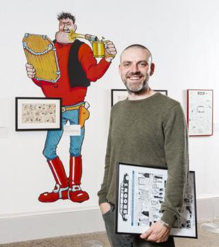 Frank Quitely with Desperate Dan at the Kelvingrove Exhibition