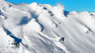 Лавина в Альпах