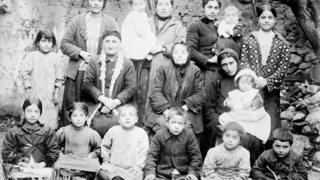 Геноцид армян произошел в 1915 году.