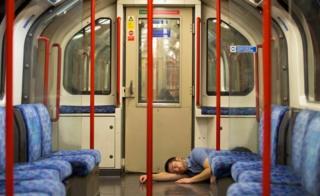 Man asleep on Central Line