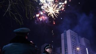 полиция и фейерверк