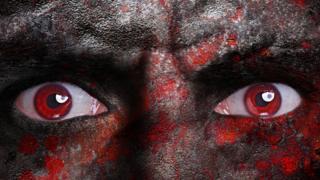 Красные демонические глаза