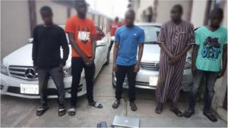 Nigeria corruption police say dem don gbab 25 university students wey dem suspect say dey do yahoo-yahoo.