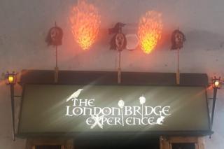 Вход в London Bridge Experience