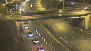One lane closed on A90 approach to Forth Road Bridge