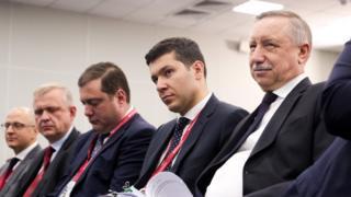 губернаторы на форуме в Петербурге