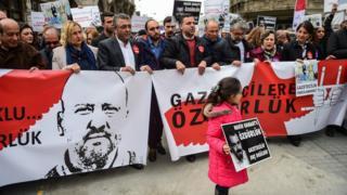 Tutuklu gazetecilerle dayanışma eylemi