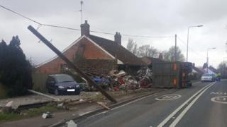 Lorry crash on A39