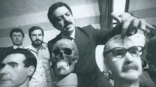 Romeu Tuma analisa ossada de Mengele